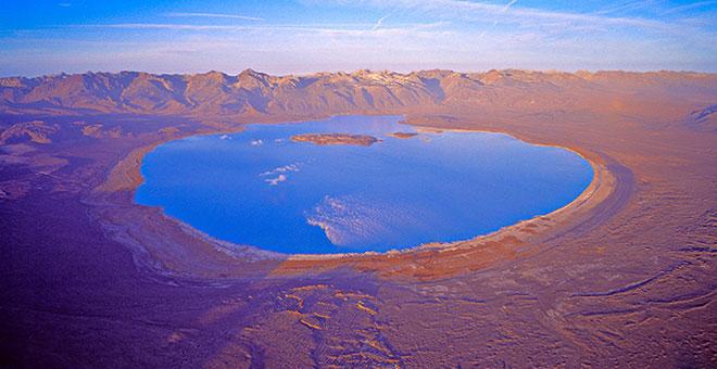 slide-mono-lake